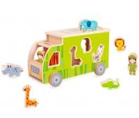 Дървено камионче - сортер с животни - зелен