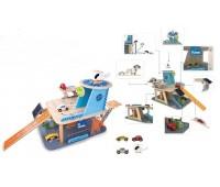 Детски дървен гараж с колички